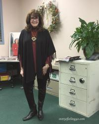 Fashion Over 50 Style Tip: How I Wear My Faux Leather Leggings