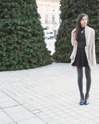 [FESTIVE LOOK] glitter sparkly tights at Place Vendôme