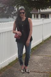 {outfit} White Picket Fences