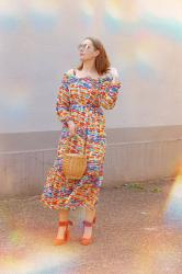 LIGHTWEIGHT CHIFFON DRESS AND NIEDZICA CASTLE