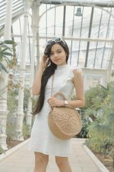 Look White dress and straw bag