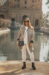 Sevilla en animal print; with Floryday & Daniel Wellington.