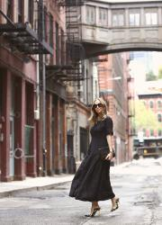 A black dress for spring & summer