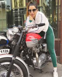 Vintage Motorcyle Show by FHVI at UB City