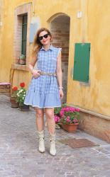 Country summer dress: gingham