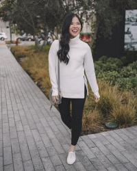 An Easy Black & White Athleisure Outfit